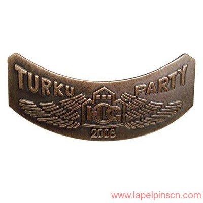 turku party lapel pin maker